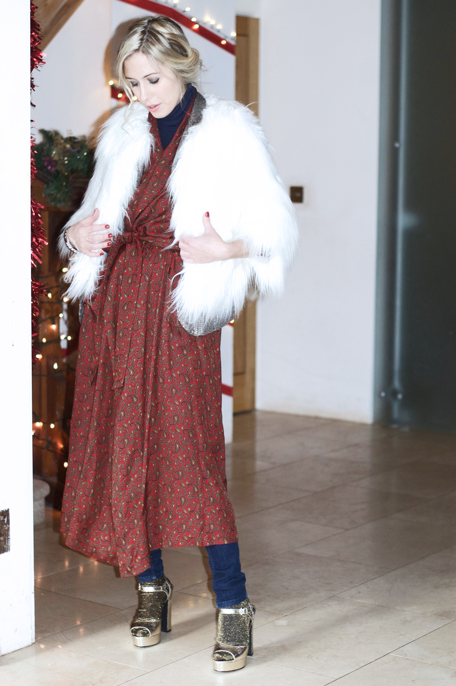 My Christmas Eve Outfit: Paisley Print & Fur
