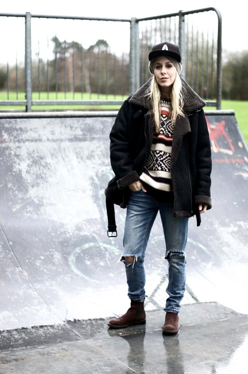 Weekend Ready In Ripped Jeans & Knitwear