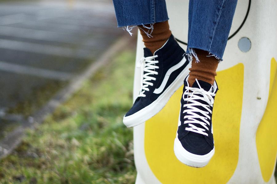 Vans Sneakers & Vintage Levis