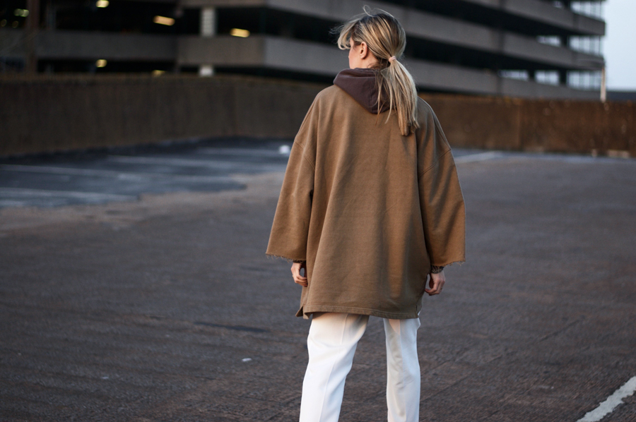 Monday's Look: The Oversized Sweater