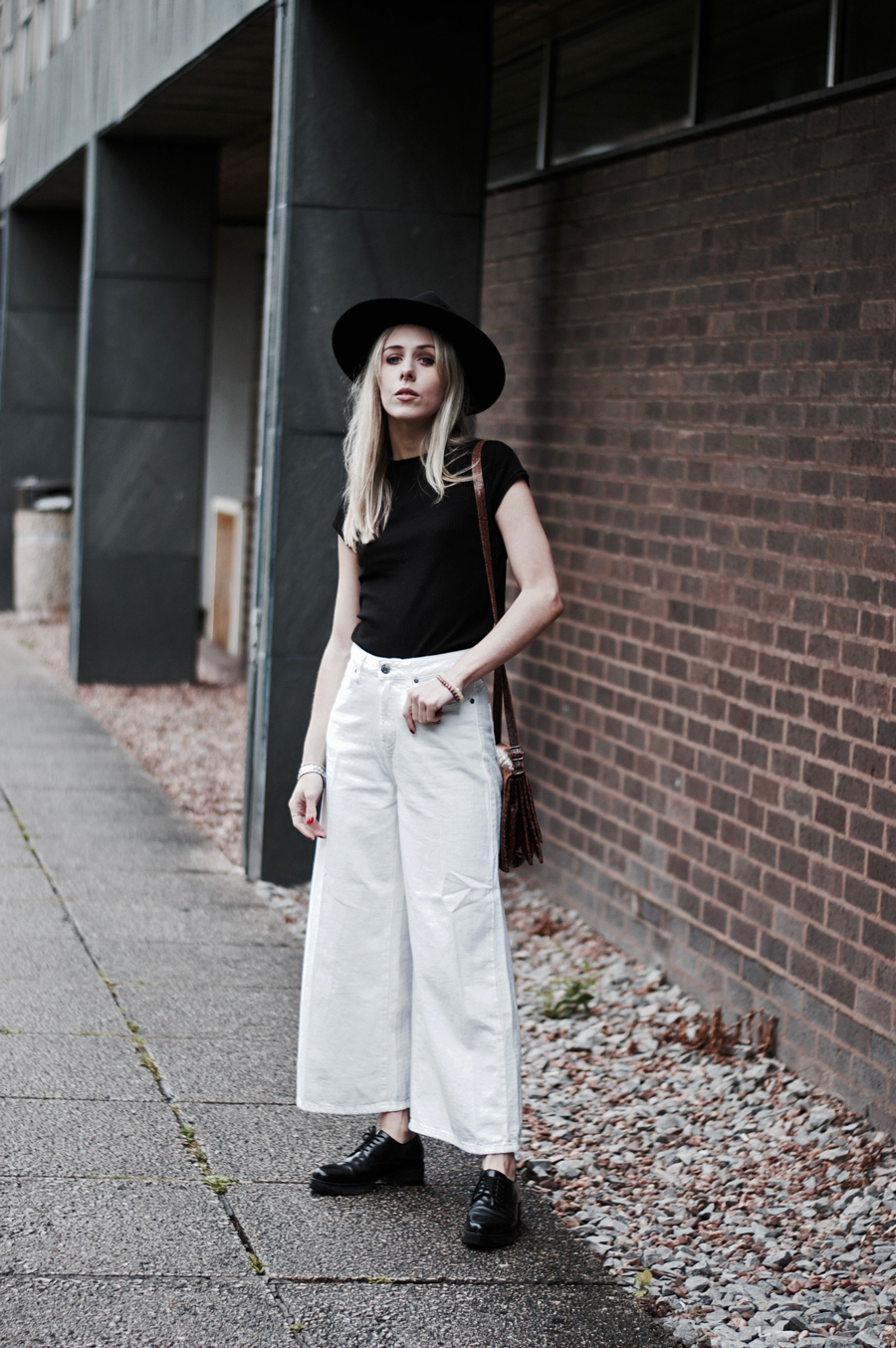 Cropped Flared Jeans With Dr Denim